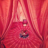 Tente rouge Aix-en-Provence